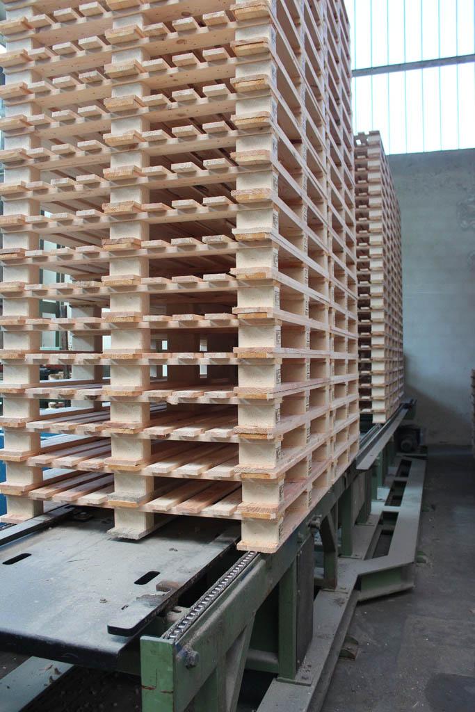 Produktion von holzpaletten aloysius krenzer gmbh co for Sonder bureau 13